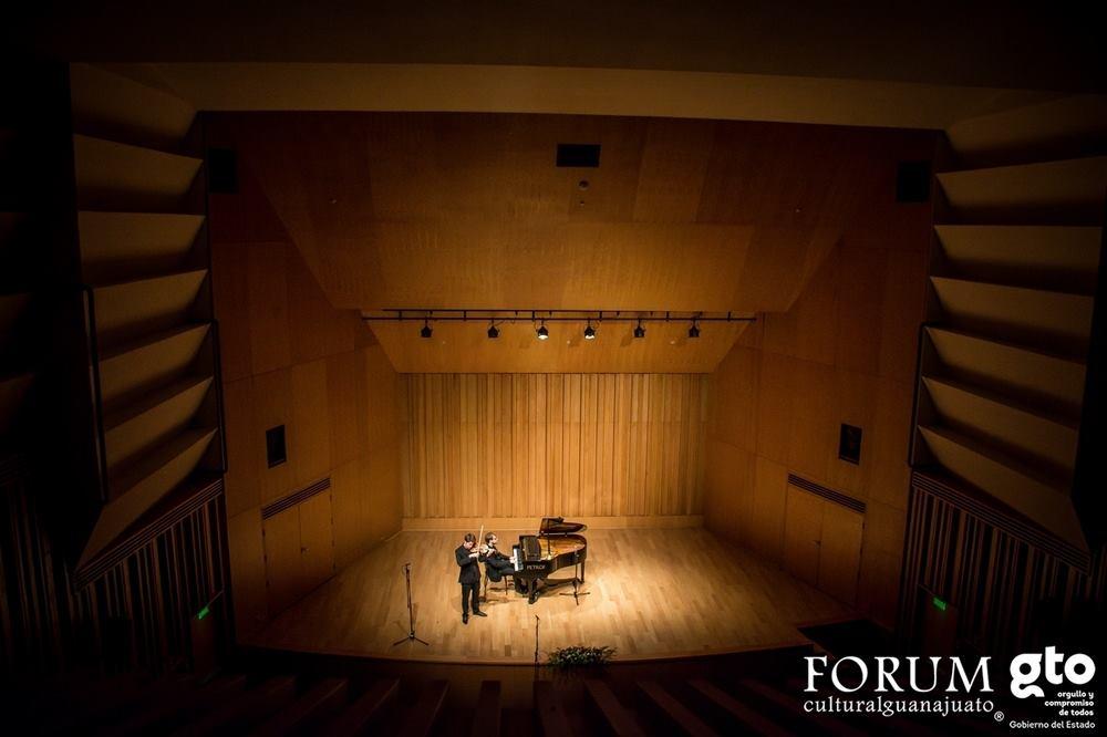 Leon - Mateo Herrera Concert Hall